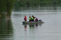 Cadavrul unui bărbat a fost găsit în râul Bistriţa, la Zăneşti
