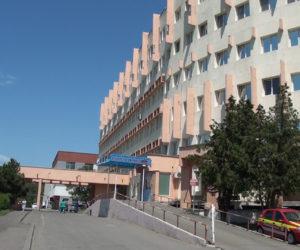 Un pacient internat la Spitalul Județean s-a aruncat în gol de la etajul 3