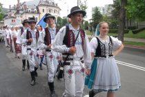 """A debutat Festivalul internațional de folclor """"Ceahlăul"""""""