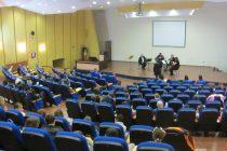 Copiilor din Piatra Neamț le place muzica clasica