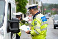 87 de sancţiuni şi 11 permise reţinute în urma unei acţiuni a poliţiei rutiere
