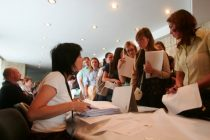 Locuri de muncă vacante în judeţul Neamţ la sfârşitul lunii octombrie