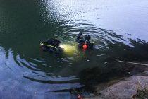A scăpat cu viaţă după ce a plonjat cu maşina în canalul de la hidrocentrala Stejaru UPDATE