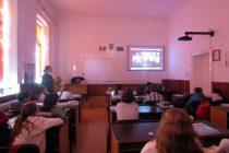 """Polițiștii continuă activitățile de prevenire în școli – Colegiul Național """"Petru Rareș"""""""