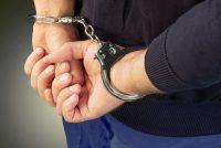 Tânăr arestat preventiv pentru săvârșirea unei noi infracțiuni, deși se afla sub măsura controlului judiciar