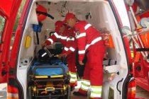 Femeie de 80 de ani, singură în locuință, salvată de pompieri