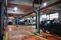 Peste 200 de service-uri auto fără autorizaţie închise de RAR