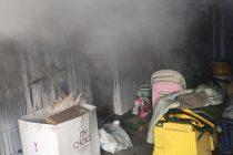 Incendiu la un garaj auto din Piatra Neamţ