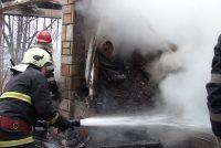 O locuinţă din Poiana Teiului a luat foc de la un contact electric improvizat