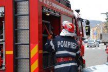 Un apartament din Roman a luat foc de la o candelă aprinsă