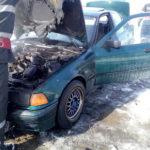 Incendiu autoturism pompieri