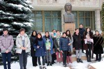 Ziua Mondială a Poeziei sărbătorită la Biblioteca Judeţeană