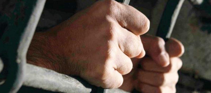 Condamnat la 3 ani și 2 luni de închisoare pentru mai multe acte de tâlhărie