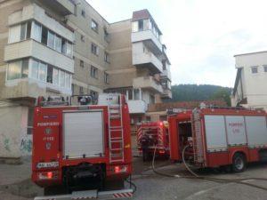 Incendiu cartier Precista pompieri