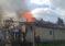 O casă din Borlești a fost cuprinsă de flăcări după ce a căzut jar din sobă