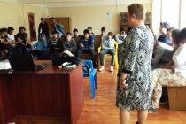 Riscurile muncii fără forme legale, explicate tinerilor din centrele de plasament