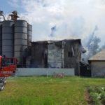 Incendiu moara Petricani (1)