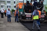 Planuri ambiţioase de asfaltare a străzilor municipiului Piatra Neamţ