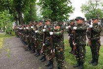 Garnizoana Piatra Neamţ va organiza o ceremonie militară de Ziua Imnului Naţional