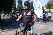 """Un poliţist nemţean în """"Turul Centenarului"""" pe bicicletă"""