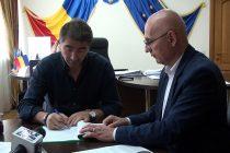 A fost semnat proiectul de reabilitare termică a clădirilor Spitalului Judeţean Neamţ