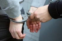 Cetăţean din Poienari cercetat pentru violare de domiciliu, ameninţare şi distrugere
