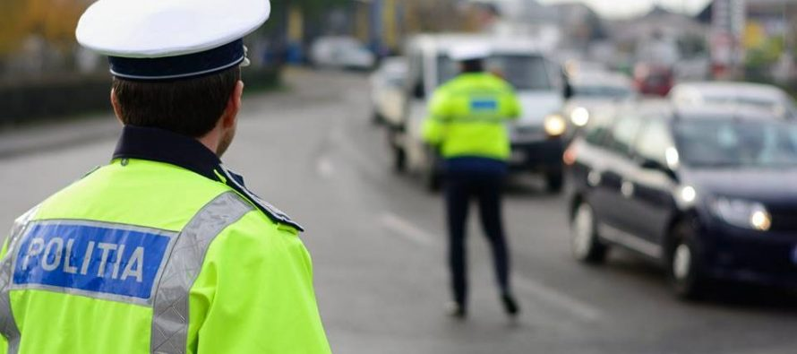 Tânăr prins de polițiști în timp ce conducea un autoturism neînmatriculat și fără permis de conducere