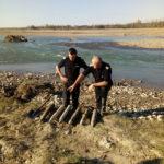 30.09 munitie neexplodata_Albia raului Moldova 2