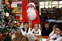 Copiii sunt aşteptaţi la Atelierele lui Moş Crăciun, la Biblioteca Judeţeană