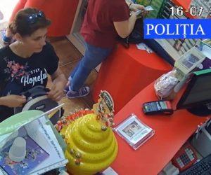 A făcut plăţi cu un card al unui cetăţean şi acum este căutată de poliţişti