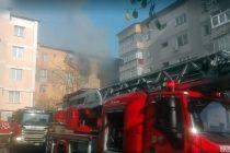 """Incendiul de ieri, de pe strada Dimitrie Leonida, provocat de """"pierderea proprietăților fizico-chimice a unor instalații, conducte, armături"""""""