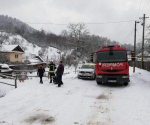 O butelie a explodat într-o locuință din Piatra Neamț