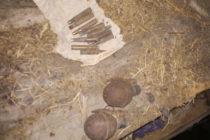 Muniție neexplodată descoperită în podul unei case din Pipirig