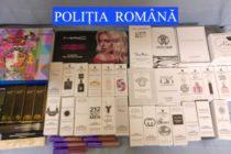 Parfumuri și cosmetice contrafăcute confiscate de polițiști