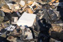 1,1 tone de deșeuri din plastic și sticlă aruncate pe malul Bistriței