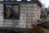 Incendiul locuinței de la Tupilați a fost provocat de proprietar. Acesta a fost reținut de polițiști.