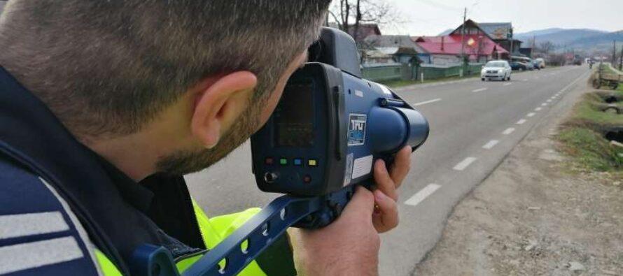 78 de amenzi și 42 de permise reținute de polițiștii rutieri