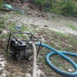 Evacuare apa curti inundate Ion Creanga (1)
