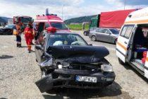 Accident rutier cu 3 victime pe strada Mihai Viteazul, în Piatra Neamț