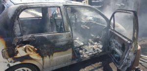 Incendiu masina copil ars Roman