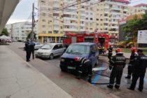Incendiu la un microbuz provocat de un scurtcircuit, în municipiul Roman