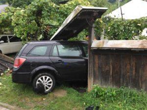accident autoturism in gard