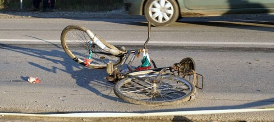 Biciclist accidentat din cauza neacordării de prioritate