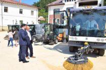 Producător german de sisteme de curățenie stradală la Piatra Neamț