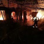 incendiu locuinta batran lumanare aprinsa (1)