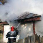 casa a luat foc fumat (3)