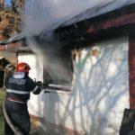 casa a luat foc fumat (4)