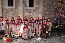 În seara de ajun, pe scena Târgului de Crăciun la Neamț