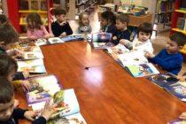 """""""Clubul de lectură pentru copii"""" organizat la Biblioteca Județeană"""