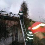 Incendiu cladire dezafectata Piatra Neamt (2)